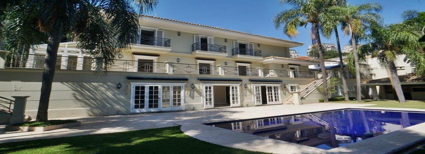 Casa de alto padrão moderna - kenburns4