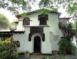 Comercial - Casa